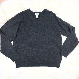 L.L. Bean 100% lambs wool v neck sweater